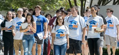 group of new students wearing Citrus College Promise tee shirts on Welcome Day